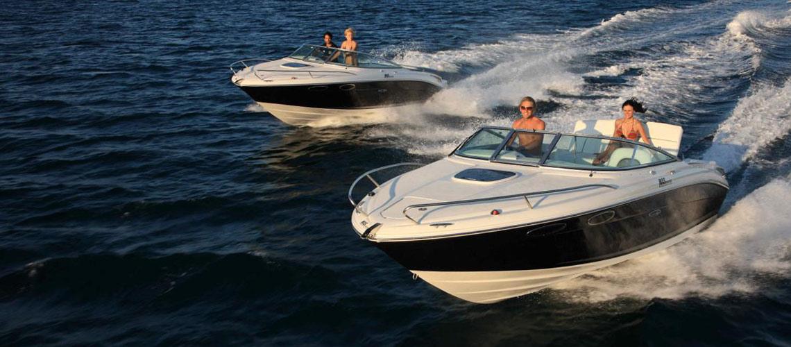 Motorboote am Gardasee